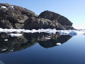 gespiegelte Küste